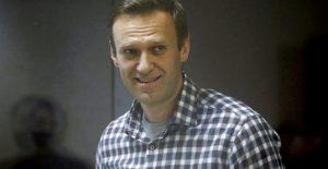 Desestiman demanda de Navalny contra prisión rusa