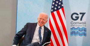 Biden asegura que EU donará vacunas contra Covid-19 a cambio de nada