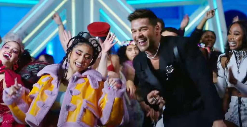 Ricky Martin estrena 'Qué Rico Fuera' el sencillo en colaboración con la chilena Paloma Mami