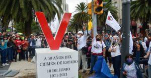 """Instalan antimonumento en CDMX en memoria de las víctimas del """"Halconazo"""""""