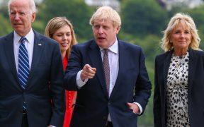 Boris Johnson llama al G7 a donar mil millones de vacunas contra la Covid para países pobres