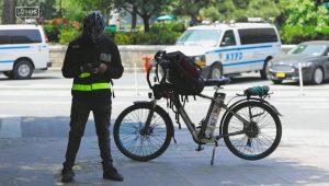 Los repartidores migrantes que sostuvieron a Nueva York en la pandemia