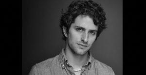 El mexicano Darío Yazbek se une al elenco de 'Now and Then', la primera serie hispana de Apple TV+