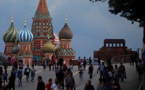 Tras récord de contagios, Moscú da una semana de vacaciones para frenar la pandemia