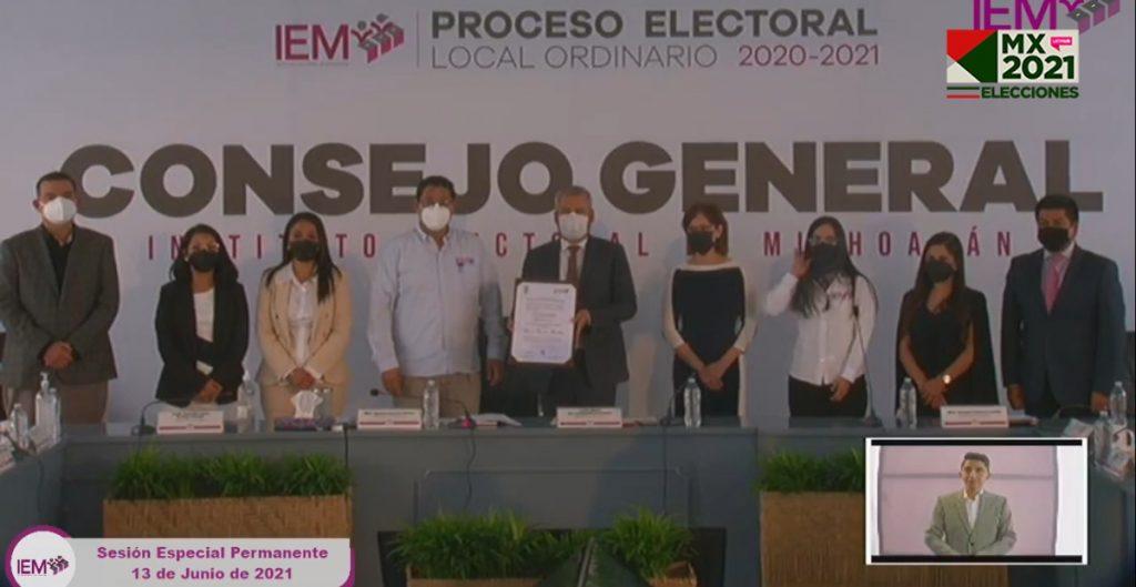 El morenista Alfredo Ramírez Bedolla recibe en Michoacán constancia de mayoría como gobernador electo