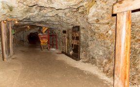 Gobierno federal buscará reapertura de mina San Rafael, en Cosalá, ante bloqueo por más de un año