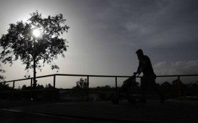 Alertan en EU a alérgicos por la llegada de tormenta de polvo del Sáhara