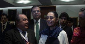 """Sobre la sucesión, dice AMLO: """"No sólo es Marcelo y Claudia, tenemos muchísimos con posibilidad de llegar a ser presidente"""""""