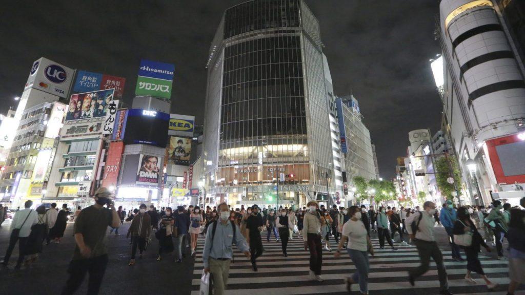 Japón anunciará nuevas medidas contra la pandemia. (Foto: AP).