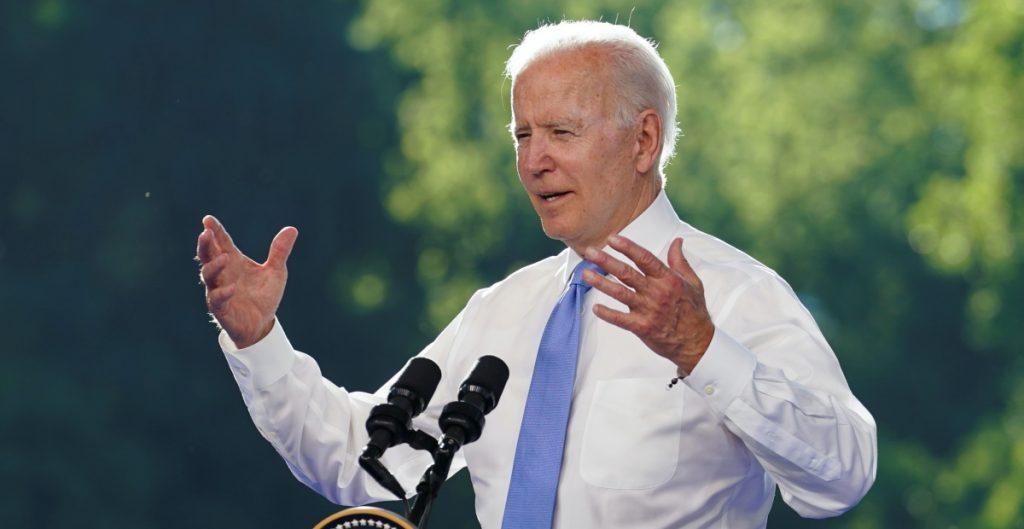 """""""Gobierno de Biden negociará ahora reformas para apoyos económicos a padres de familia"""""""