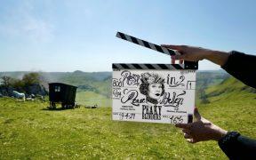 Gobierno de Reino Unido recomendó a Netflix y Amazon marcar como contenido de emisora pública títulos como 'Peaky Blinders'