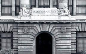 Incertidumbre económica y política podrían obstruir el crecimiento de México en los próximos meses: Banxico
