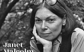 Murió Janet Malcolm, autora de El periodista y el asesino, referente del periodismo estadounidense