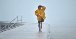 Claudette amenaza con fortalecerse e inundar nuevas zonas del sureste de EU
