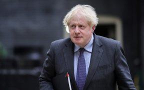 Reino Unido prevé levantar restricciones por Covid-19 en julio