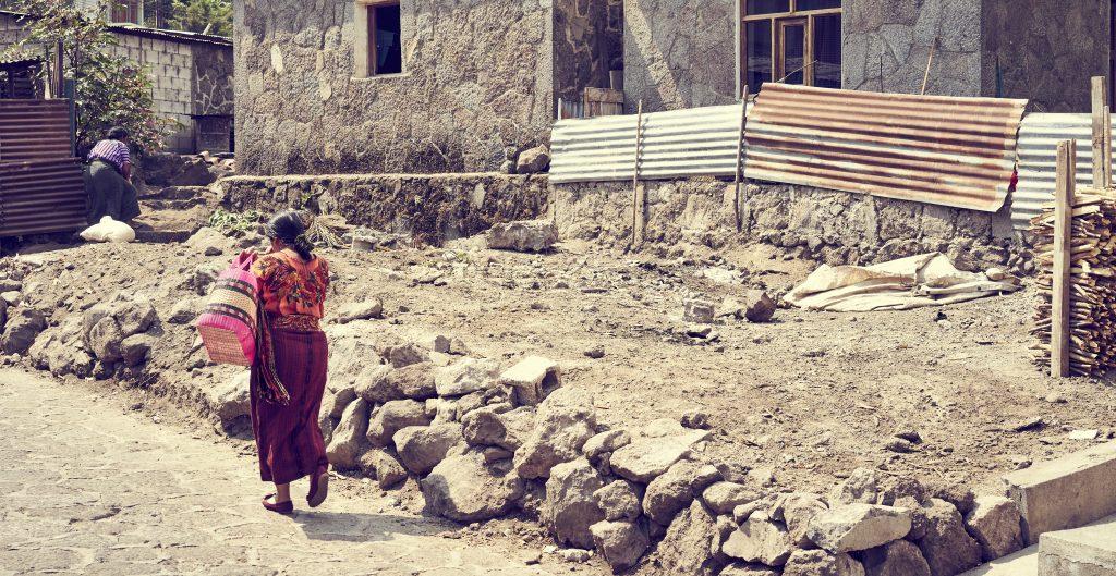 El 21% de los mexicanos sigue sin tener acceso a servicios de salud, según cifras de Coneval