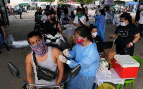 Presidente de Filipinas amenaza con arrestar a quienes no se vacunen contra Covid