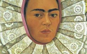 La editorial Artika publicó un libro que muestra a la Frida Kahlo más íntima