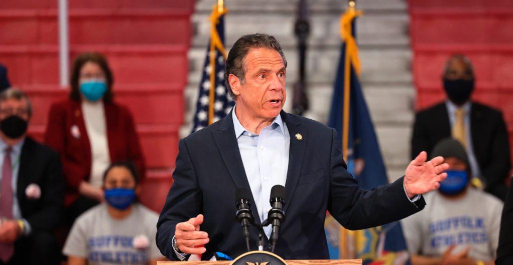 Nueva York levantará el estado de emergencia por baja tasa de contagios de Covid