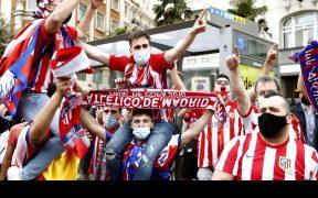 Los aficionados podrán volver a los estadios en España. (Foto: EFE).
