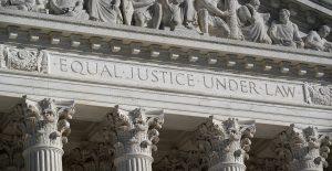 Corte Suprema prohíbe a los sindicatos reclutar empleados en granjas