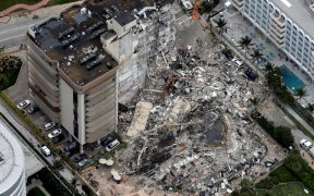 Edificio que colapsó en Miami necesitaba al menos 9 millones de dólares en reparaciones