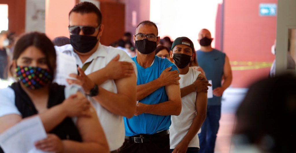 Empresarios en Chihuahua reclaman al gobierno vacunas para municipios fronterizos en el estado