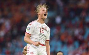 Dolberg celebra su doblete frente a Gales. (Foto: Reuters).