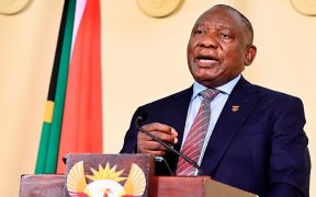 Sudáfrica endurece aún más las medidas para contener la tercera ola de Covid-19