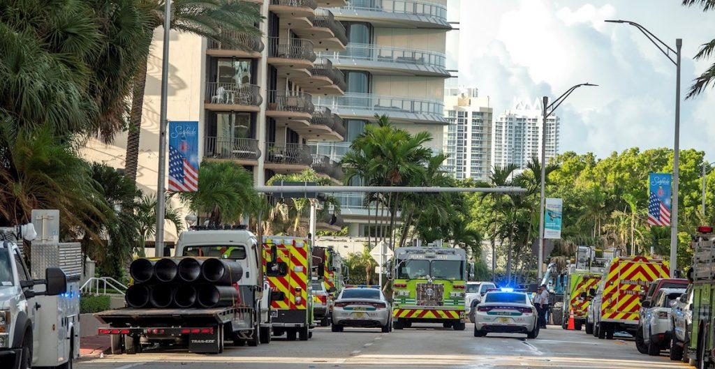 Van 2 demandas por negligencia del gobierno en colapso de torre en Miami