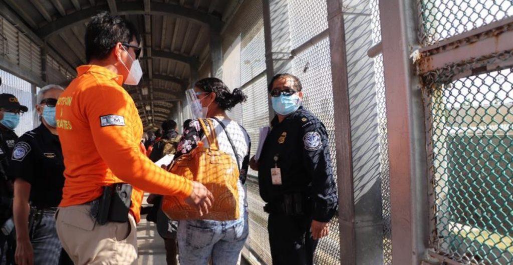 EU priorizará deportaciones de migrantes que representen riesgo a la seguridad nacional