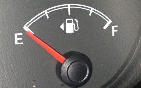Hacienda recorta los estímulos económicos a los combustibles pese a los altos precios