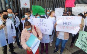 medicos-atencion-covid-cdmx-protestan-exigir-contratacion-definitiva