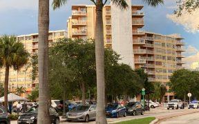 Ordenan evacuar edificio en Miami por ser inseguro; identifican a 2 víctimas más