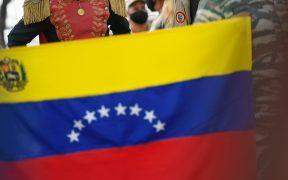 Tribunal venezolano imputa por terrorismo a tres defensores de derechos humanos