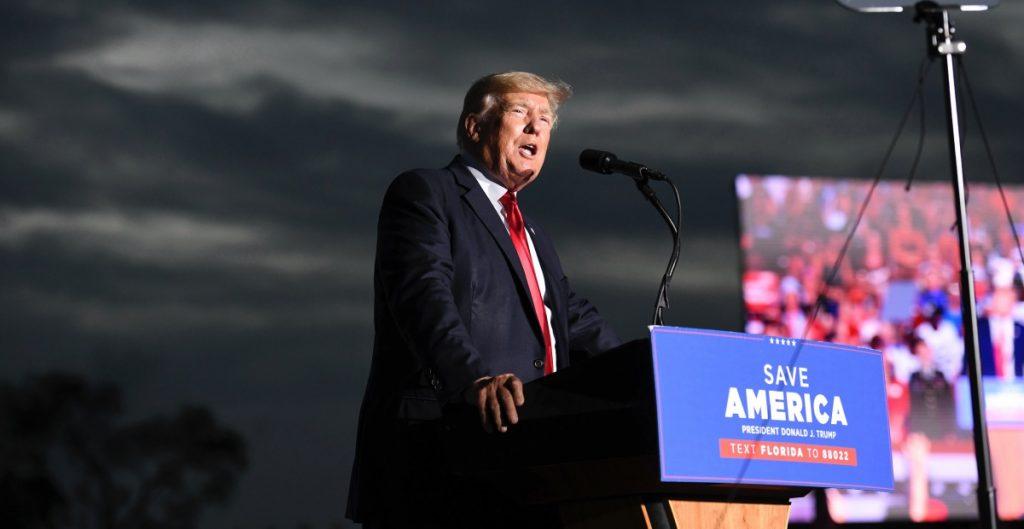 Organización Trump proporcionó documentos que comprueban evasión fiscal por más de una década, aseguran fiscales