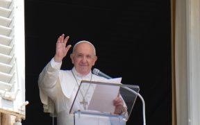 El Papa Francisco se encuentra bien tras cirugía de colon, informa el Vaticano