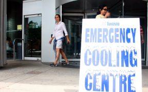 Suman más de 500 muertos por la ola de calor en Canadá; continúan los incendios
