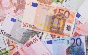 México emite deuda en euros en bono sustentable a 15 años