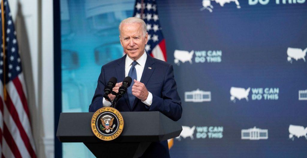 """Biden ve """"daños mínimos"""" en empresas de EU tras ciberataque a Kaseya"""