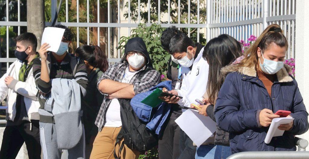 """Científicos detectan en Bolivia la variante """"andina"""" de Covid-19"""