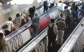 Los aumentos de casos de Covid-19 en Tokio provocarán la extensión del estado de emergencia. (Foto: AP).