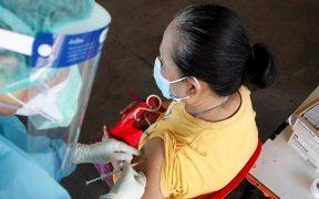 CoronaVac protege 83.5% contra Covid-19 sintomática y 100% contra hospitalización