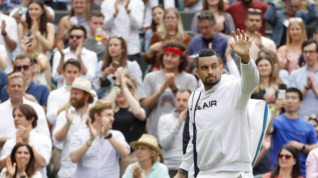 Kyrgios abandonó Wimbledon por una lesión. (Foto: Reuters)