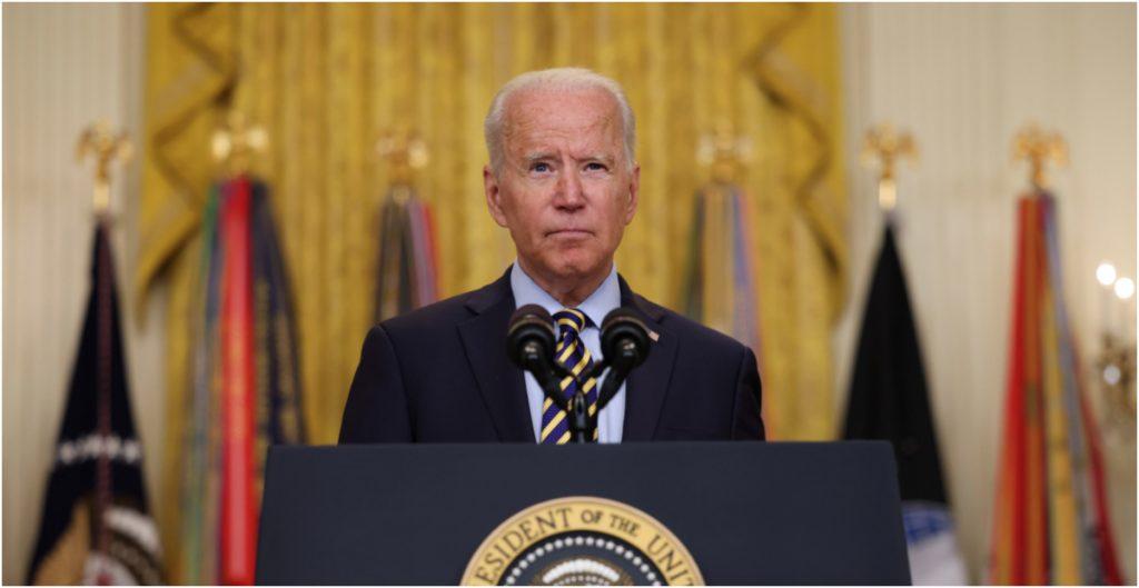 """Biden llama al gobierno de Cuba a """"escuchar a su pueblo y atender sus necesidades"""" en lugar de enriquecerse"""