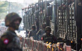 Grupo rebelde de Birmania suspende a uno de sus líderes por supuesta matanza de civiles