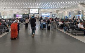 INM solicitó a la CNDH revisar área de espera para extranjeros en el AICM