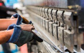 Se incrementó 4.1% anual el número de trabajadores en el sector manufacturero durante mayo, informa Inegi