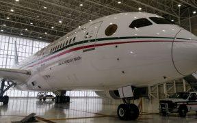 Avión presidencial regresa a México, tras transportar equipaje de deportistas a Japón