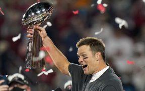 Brady logró su séptimo título de Super Bowl con los Bucs. (Foto: AP).